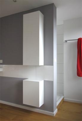 i-h-bad-schrank-dusche