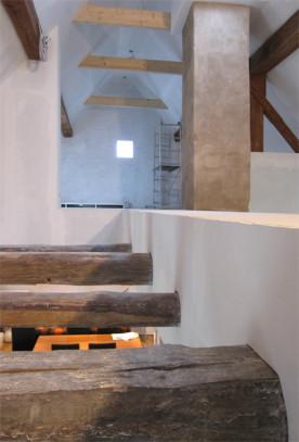 i-s-dachbodenausbau-deckendurchbruch-balken2