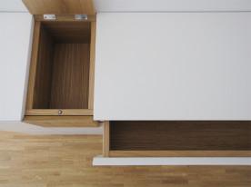 m-kp-sideboard-detail-klappe-schublade