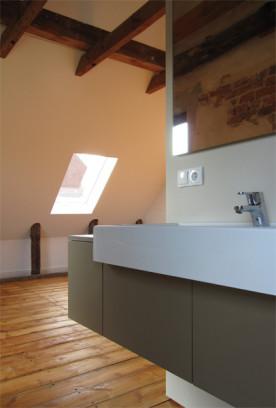 i-ja-dachbodenausbau-waschtischmöbel-becken