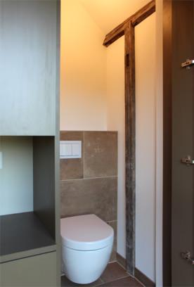 i-ja-dachbodenausbau-wc-schrank